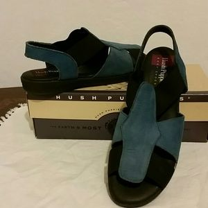 Blue sandals Hush Puppies size 8.5